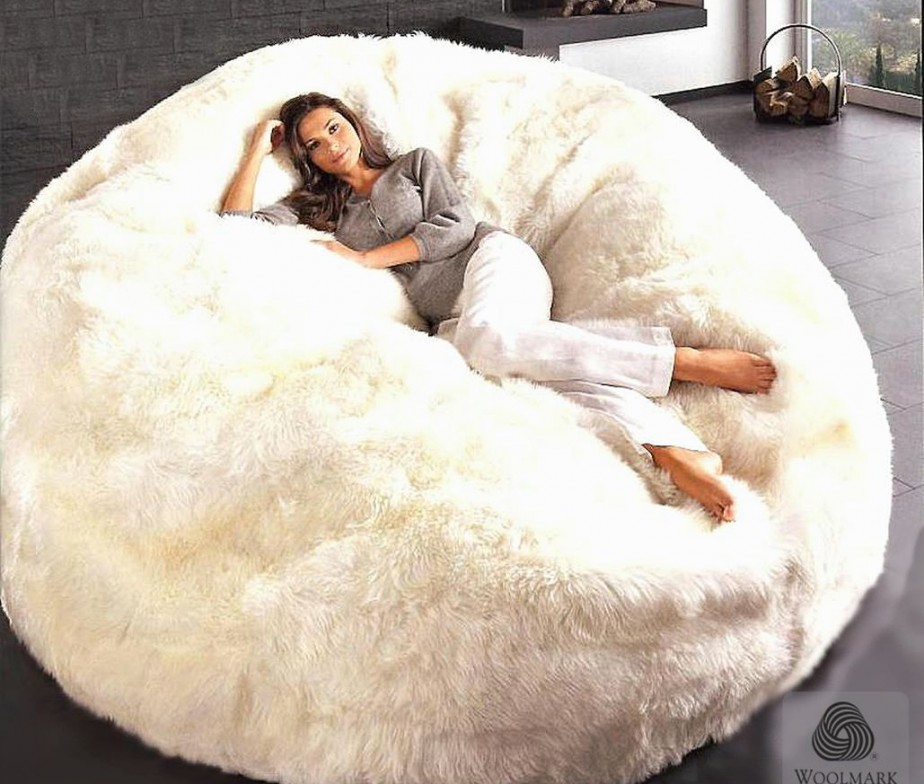 Fauteuil Pouf Original also Singapore Fluffy Bean Bag Chairs besides Bean Bag Chairs Made In Usa as well Ten Cute Kid Finds Rose Gold Loving Mums Dads furthermore 401020464738. on fuzzy bean bag chair