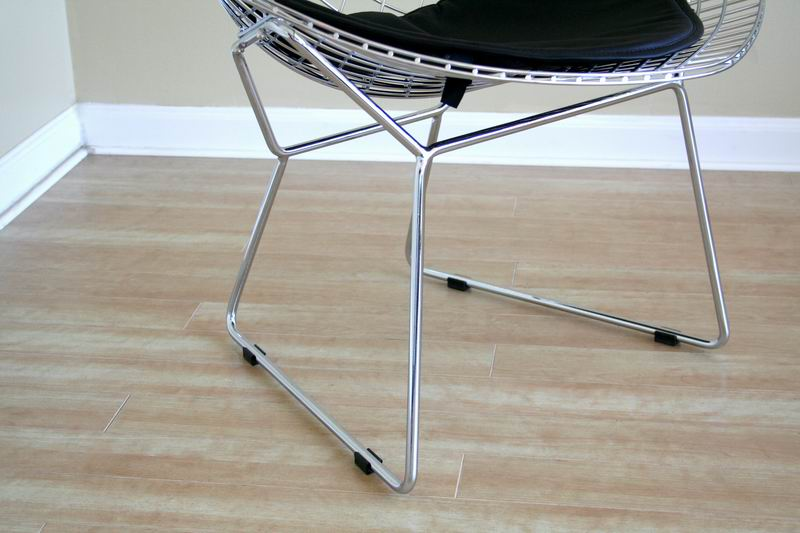 bertoia-style-diamond-chair