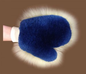 Wool Duster Mitt